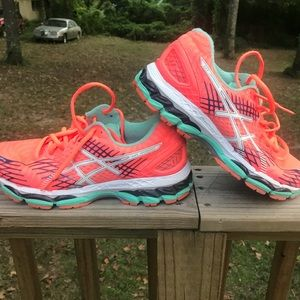 ASICS gel nimbus women's running shoes size9